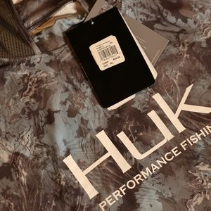 Huk Shirts - Huk Men's Icon Camo Hoodie, Glacier  XL